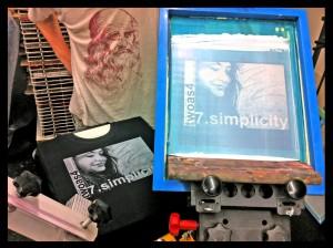 twoas4_tshirt_simplicity